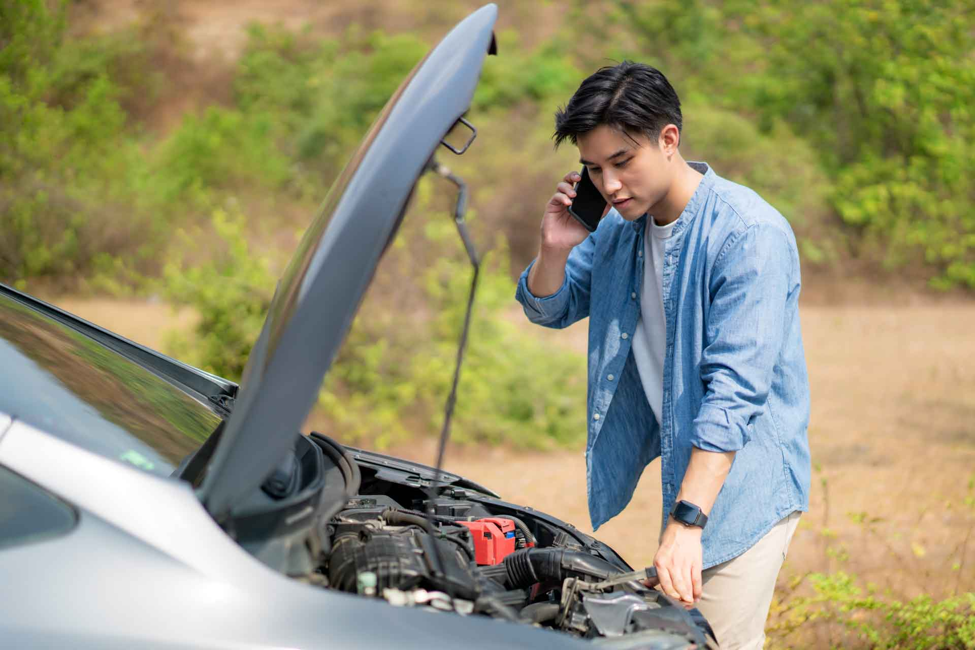 Contact Gulfport Towing Pros for 24-hour Emergency auto towing service in Gulfport, MS at (228) 666-8281